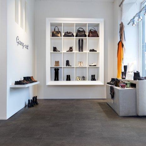 DesignbodenRigid #BrooklyFactory RLC206W6 kleiner Ladenbau Vinylboden Steinoptik
