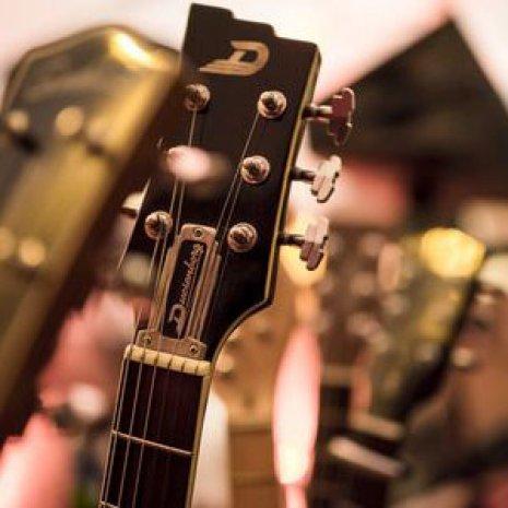Oberer Abschnitt der E-Gitarre