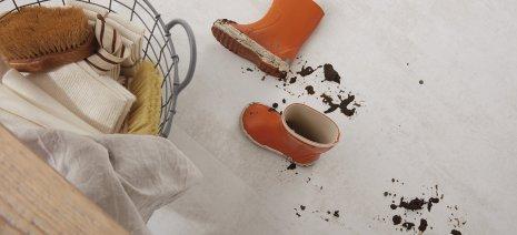 wineo PURLINE Bioboden Stiefel Dreck nass pflegeleicht Reinigung