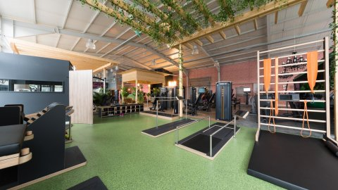 wineo Bodenbelag Sportboden Fitnessstudio Fantasieoptik Digitaldruck Rasen