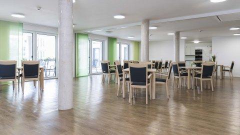 wineo Designboden Gesellschaftsecke Holzoptik