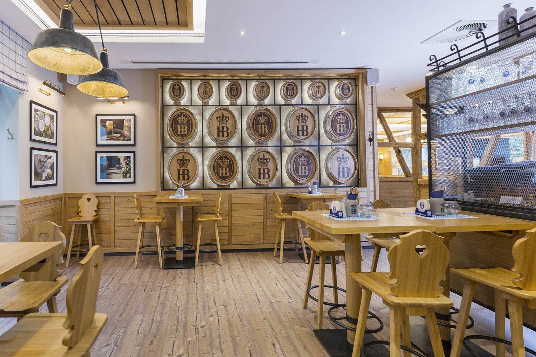 wineo Purline Bioboden Holzoptik Hotel Holzmöbel Restaurant Westernstyle rustikal