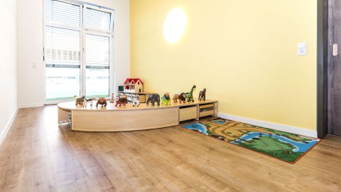 wineo PURLINE Bioboden Kita Schule Spielzimmer Holzoptik