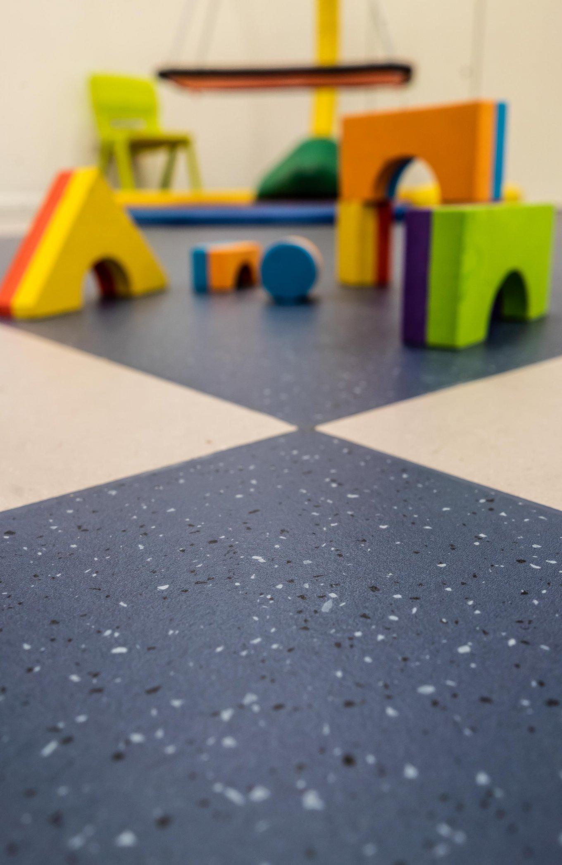 wineo PURLINE Bioboden Kita Kindergarten Blau Grau