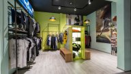 wineo Purline Bioboden Holzoptik Sportgeschäft Bekleidung Verkauf